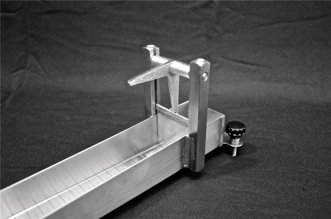 Bostwick Consistometer trigger and gate